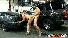 helping a broke down MILF with dick Austin Taylor 4